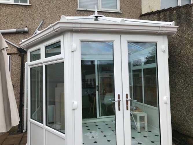 bifold doors design in sutton